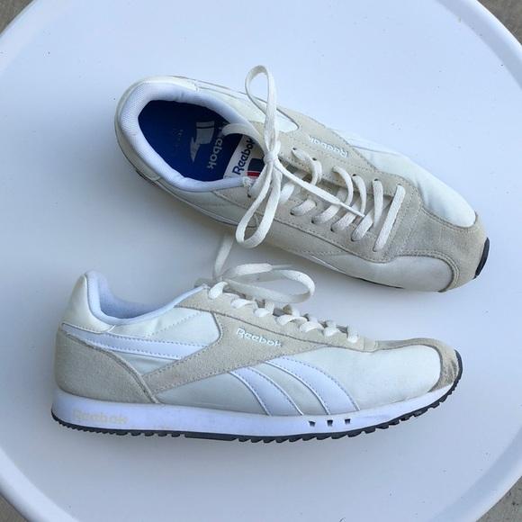 f4280b0bb02 Reebok Royal Alperez Dash Shoes. M 5b6a1015d365be8e19d9b19c
